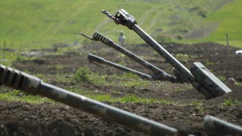 Azerbaijan công bố 'sốc' về số vũ khí thu được trong cuộc xung đột với Armenia