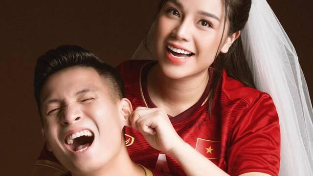 Tiến Dũng khoe ảnh cưới siêu xinh cùng Khánh Linh, chụp theo concept bóng đá