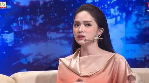 Hương Giang thừa nhận giả mạo cháu gái Phi Nhung để có show