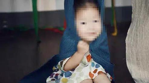 Bố bị tử hình vì sát hại mẹ dã man, con gái 9 tuổi đã bị buộc phải 'thừa kế' khoản nợ 1,9 tỷ đồng gây phẫn nộ