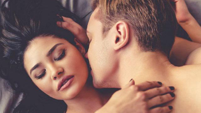Những câu hỏi phổ biến nhất về 'chuyện ấy' vợ chồng nào cũng muốn biết
