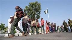Hình ảnh hơn 300 nam sinh bị bắt cóc ở Nigeria sau khi được giải cứu