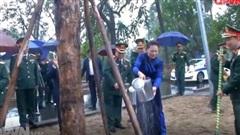 Chủ tịch Quốc hội thăm, làm việc tại Bộ Tư lệnh Quân khu 5