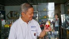 Linh vật Giáng sinh bằng vỏ trứng độc đáo của nhà giáo 70 tuổi