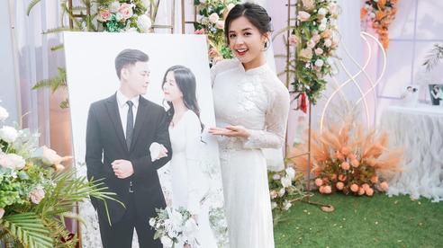 Thảo Nari khoe ảnh ngày cưới cực lung linh, vị hôn phu điển trai cũng lần đầu lộ diện!