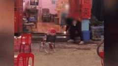 Nam thanh niên phóng hoả khiến quán nước bốc cháy dữ dội