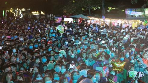 Quảng Bình: Biển người trong đêm Phong Nha Countdown Party 2021