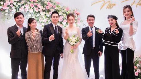 Chùm ảnh: Dàn sao dự đám cưới lần ba của 'Cô Đẩu' Công Lý với cô dâu kém 15 tuổi