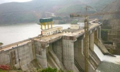 Rò rỉ tại đường ống dẫn nước, thủy điện A Lưới ngưng phát điện