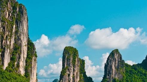 Quảng Ninh đón 142.000 lượt khách trong 2 ngày nghỉ lễ