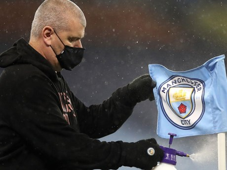 Premier League ghi nhận số ca mắc bệnh COVID-19 cao kỷ lục