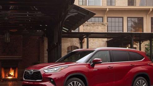Toyota Grand Highlander - SUV tiệm cận hạng sang sắp ra lò, muốn vượt Ford Explorer về mọi mặt