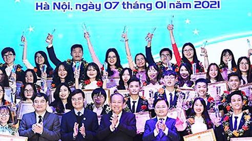 Tuyên dương 198 cá nhân và 24 tập thể 'Sinh viên 5 tốt' cấp T.Ư