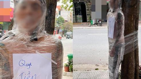 Cởi trần dán băng dính trói chặt ở gốc cây, nam thanh niên khiến cộng đồng mạng sốc nặng, nguyên nhân phía sau khiến ai cũng lắc đầu