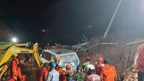 Sạt lở liên tiếp ở Indonesia, hàng chục người thương vong