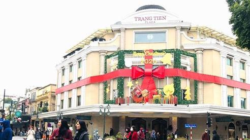 Các điểm du lịch Hà Nội vẫn đông khách trong ngày đông lạnh