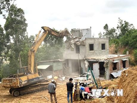 Xử lý xây dựng trái phép ở Khu kinh tế Nhơn Hội: Trên nóng-dưới nguội