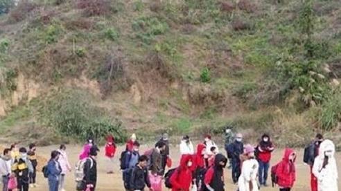 Lạng Sơn: Tạm giữ 37 người nhập cảnh trái phép từ Trung Quốc