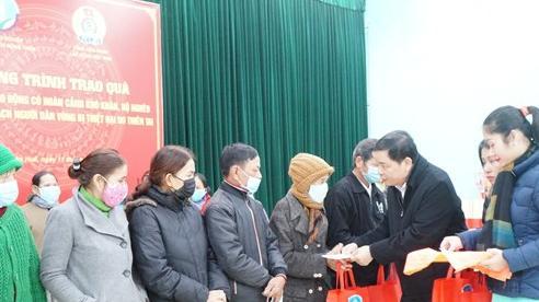 Trao quà Tết và hỗ trợ sinh kế cho người dân chịu ảnh hưởng thiên tai tại miền Trung