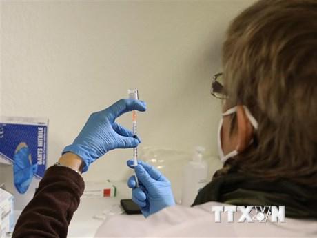 Mức độ lây nhiễm của virus SARS-CoV-2 không hề giảm tại châu Âu