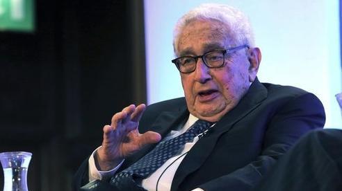 Cựu Ngoại trưởng Mỹ cảnh báo vũ khí hạt nhân 'rải rác' Trung Đông