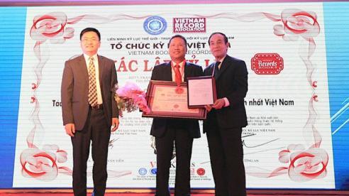 Tác giả công trình kè hồ Hoàn Kiếm nhận kỷ lục nhiều bằng sở hữu trí tuệ nhất