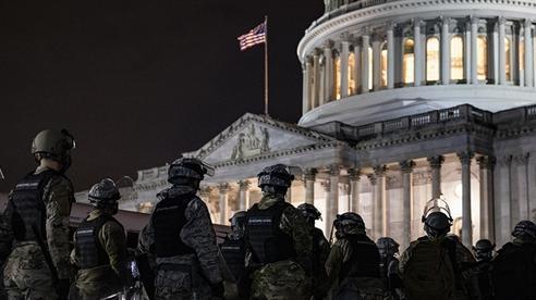 Quân đội Mỹ đang làm gì?