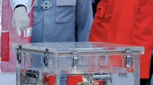 Indonesia khôi phục dữ liệu hộp đen của máy bay gặp nạn