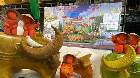Ảnh: Cận cảnh đàn trâu đồng quê Việt Nam chuẩn bị ra đường hoa Nguyễn Huệ đón Tết Tân Sửu 2021