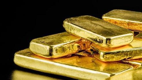 Giá vàng liên tục biến động, có nên tiếp tục đầu tư vào vàng?