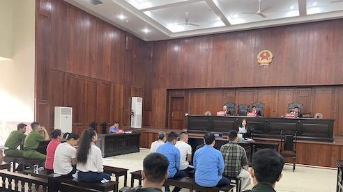 Tạm hoãn phiên toà phúc thẩm Văn Kính Dương cùng đồng bọn