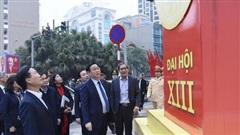 Kiểm tra đột xuất công tác tuyên truyền, cổ động, chiếu sáng phục vụ Đại hội XIII của Đảng