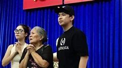 Sau lễ 'Mai Vàng', NSƯT Lê Thiện ra miền Trung giúp đồng bào khắc phục thiên tai