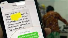 Mượn điện thoại mẹ, con giật mình vì đoạn tin nhắn cực hài mẹ gửi cho 'người lạ'