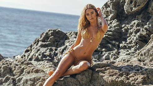 Người đẹp Kimberley Garner 'đốt cháy' ánh nhìn với bikini
