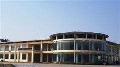 Trung tâm 17 tỷ đồng ở Thanh Hóa 10 năm bỏ không