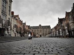 COVID-19 biến các trung tâm du lịch thế giới thành 'thành phố ma'
