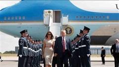 21 phát đại bác chào ông Trump, ông Biden lo bạo động