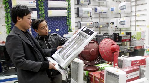 Thời tiết trở lạnh, nhu cầu mua các thiết bị sưởi tăng đột biến