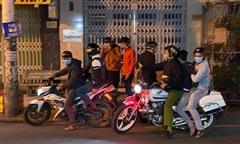 Nổ súng vây bắt nhóm 'quái xế' lúc rạng sáng ở Sài Gòn