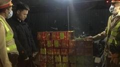Nhận 10 triệu, chở 139 hộp pháo nổ từ Cao Bằng về Hà Nội để tiêu thụ