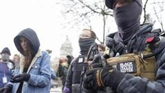 Biểu tình có vũ trang khắp nước Mỹ