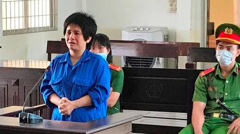 Người phụ nữ dẫn theo con nhỏ bán ma túy lĩnh 15 năm tù