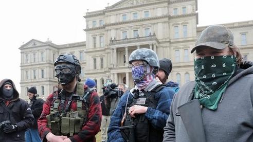 Những người ủng hộ ông Trump tụ tập biểu tình trước lễ nhậm chức