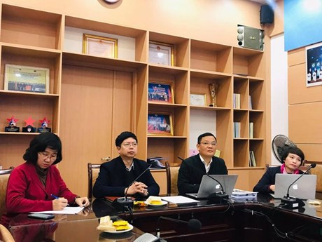 Chuyên gia hội chẩn ca bệnh COVID-19 nặng tại Bệnh viện Phổi Đà Nẵng
