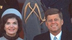 Mũ của Jackie Kennedy trong lễ nhậm chức của chồng: Khi 'lỗi' thời trang thành biểu tượng phong cách
