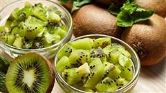 Ăn kiwi đúng cách để giảm cân đón Tết