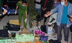 Đồng Tháp: Chặn ô tô trong đêm bắt 3 đối tượng nghi vận chuyển hơn 89kg ma túy
