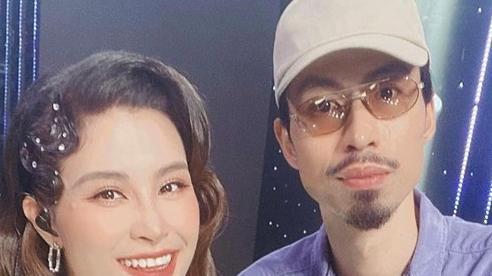 Khoe ảnh selfie tươi rói cùng nhau, Đông Nhi và Đen Vâu được fan kịch liệt yêu cầu ra bài hát chung