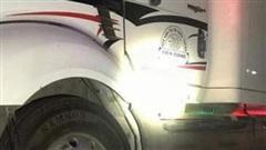 Bình Thuận: Điều tra vụ tài xế container kéo nạn nhân 60km sau tai nạn